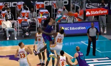 "NBA, ¿Miles Bridges con el ""Dunk of the Year"" en Capela?"
