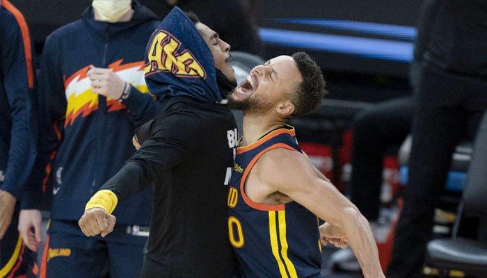 ¡Los Warriors firman un refuerzo antes de los playoffs!
