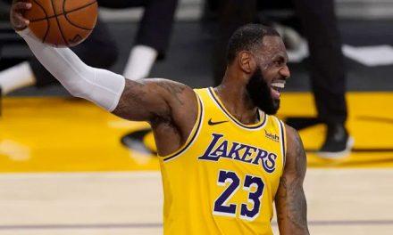 Los 5 jugadores que los Lakers pueden apuntar para relevar a LeBron en el liderato
