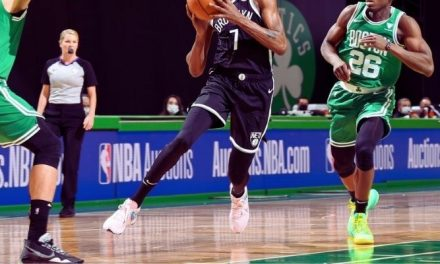 ¿Los jugadores de la NBA usan zapatos nuevos en cada partido?