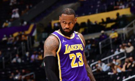 LeBron deja caer una gélida respuesta a las críticas a los Lakers … ¡y se retira!