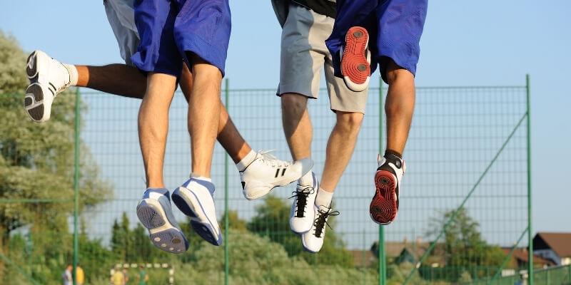¿Saltar te hace más alto?  (Respuesta rápida + Ejercicios de salto)