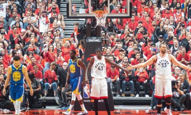 ¿Cuántas veces juegan los equipos de la NBA entre sí?